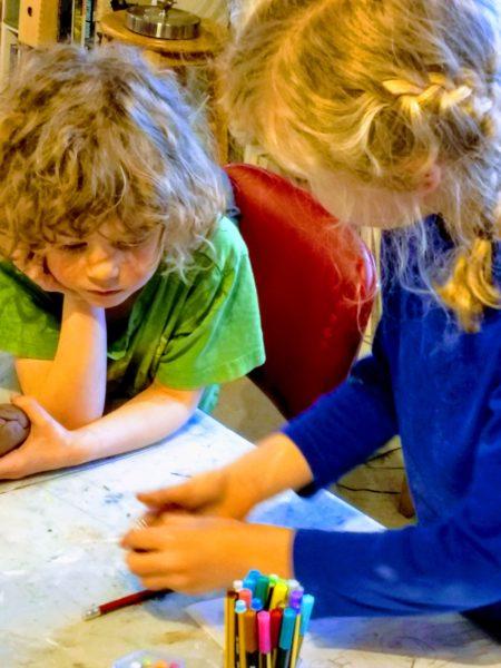 Children's Art Class / Cours d'art pour enfants